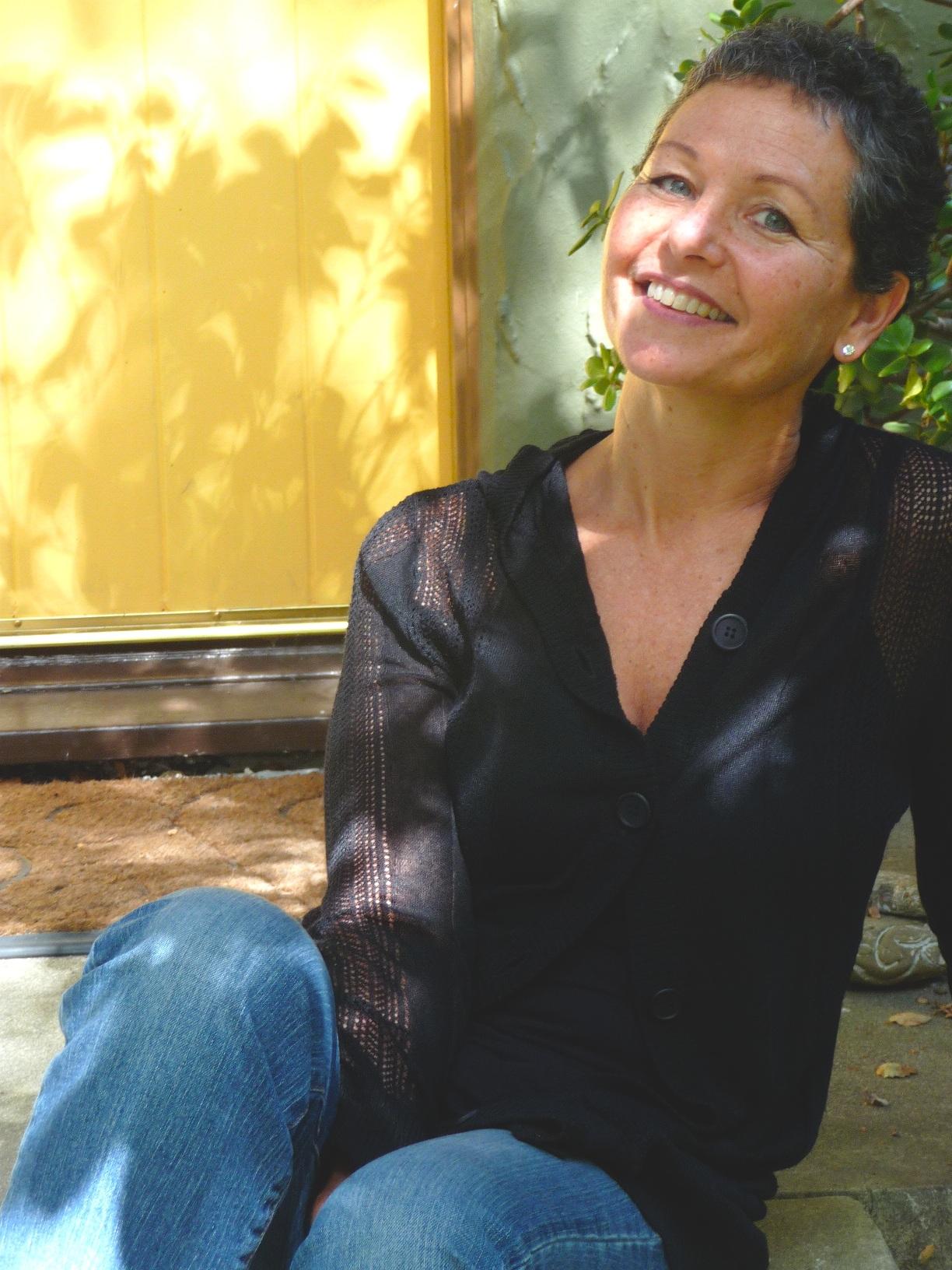 Photograph of Elizabeth Rosner