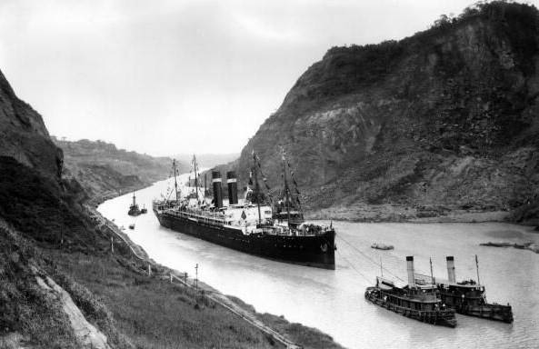 The ship Kroonland in the Panama Canal